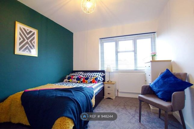 Room to rent in Farringdon Close, Mackworth, Derby DE22