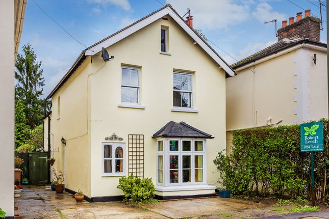 The Facade Holmesdale Road Reigate Rh2 3 Bedroom Detached