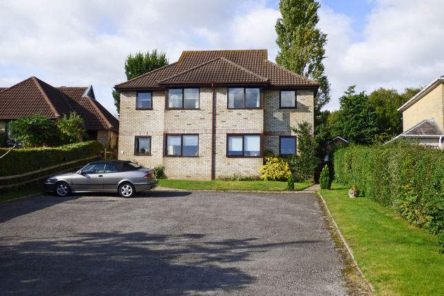 Thumbnail Flat to rent in Park Road, Tisbury, Wiltshire