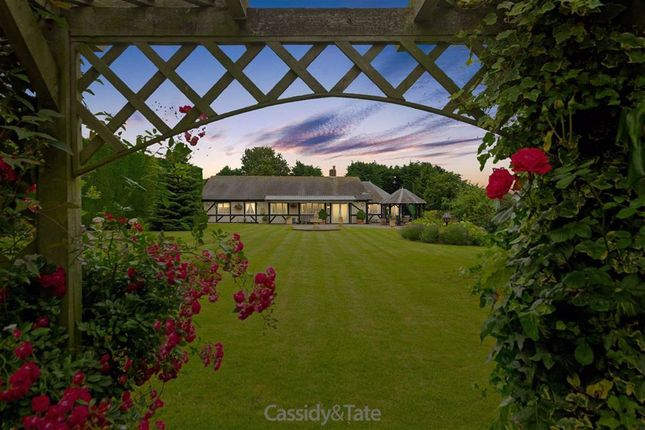 Thumbnail Detached bungalow for sale in Baileys Close Farm, Hitchin, Hertfordshire