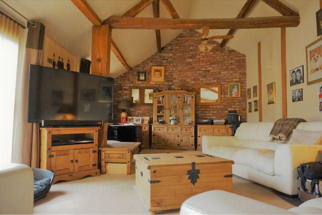 Thumbnail Semi-detached house for sale in Llansantffraid, Llansantffraid Ym Mechain