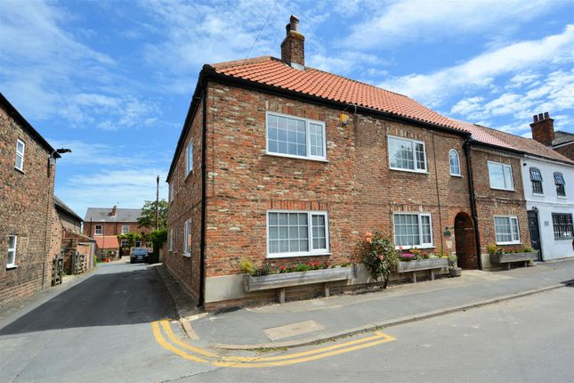 5 bed property for sale in Rythergate, Cawood, Selby YO8