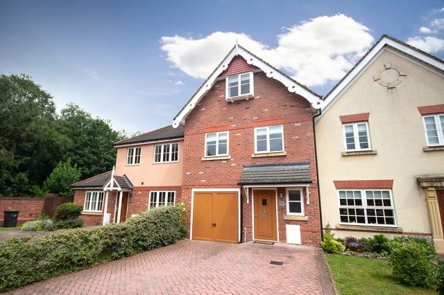 Thumbnail Town house to rent in Warwick Gate, Aston, Nantwich, Cheshire