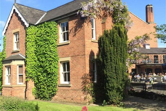 3 bed detached house to rent in Lock Keepers Cottage, Manchester City Centre, Manchester
