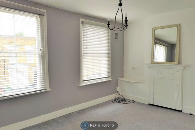 1 bed flat to rent in New Cross Gate, London SE14