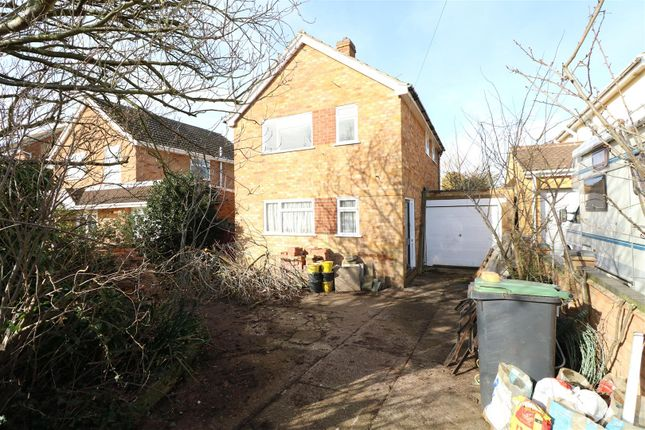 Thumbnail Detached house for sale in Meadow View, Higham Ferrers, Rushden