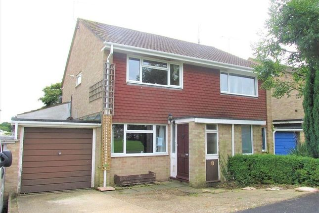 Thumbnail Semi-detached house for sale in Noble Road, Hedge End, Southampton