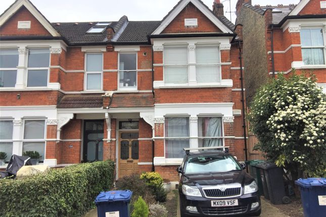 Flat to rent in Wilton Road, Muswell Hill