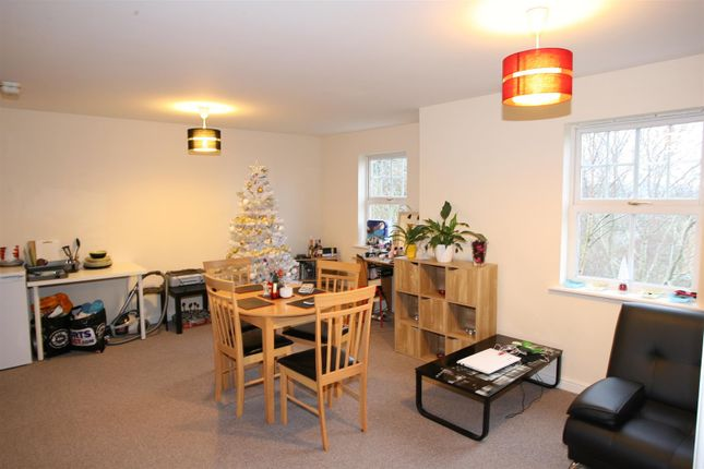 Flat for sale in Wilce Avenue, Wellingborough