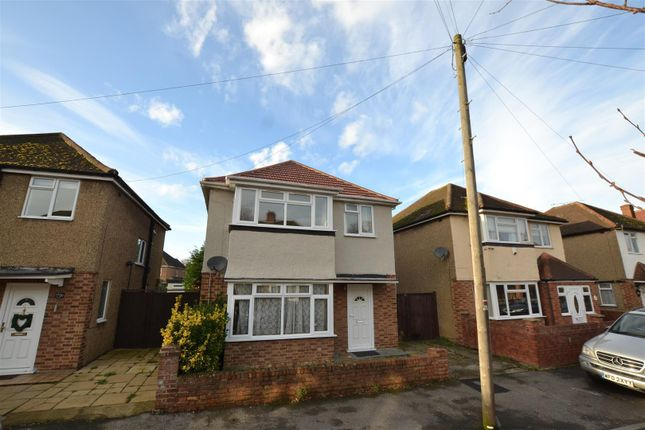 Thumbnail Detached house for sale in Brooklyn Way, West Drayton