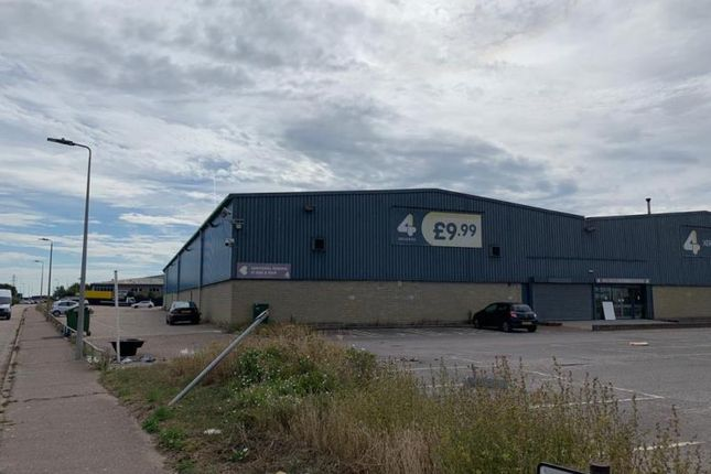 Thumbnail Industrial to let in Front Of Unit, 10, Purdeys Way, Purdeys Industrial Estate, Rochford
