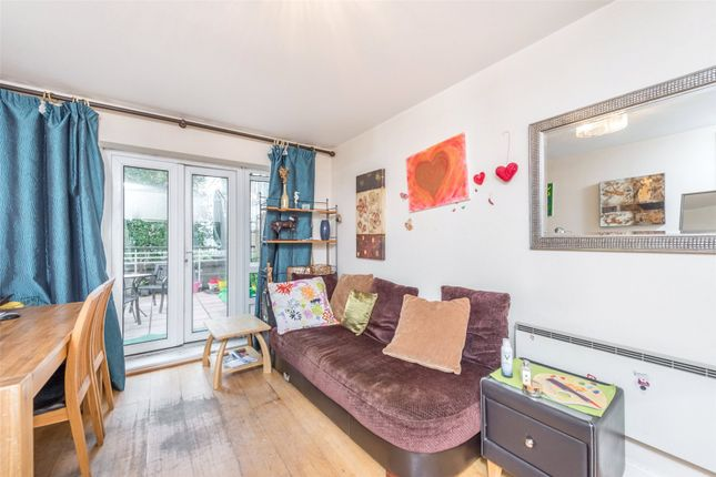 2 bed flat for sale in Dominion House, St Davids Square, Canary Wharf, London