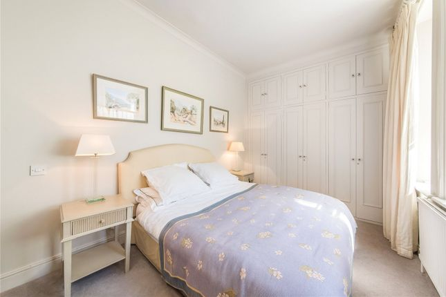 Bedroom of Redcliffe Square, Earl's Court, London SW10