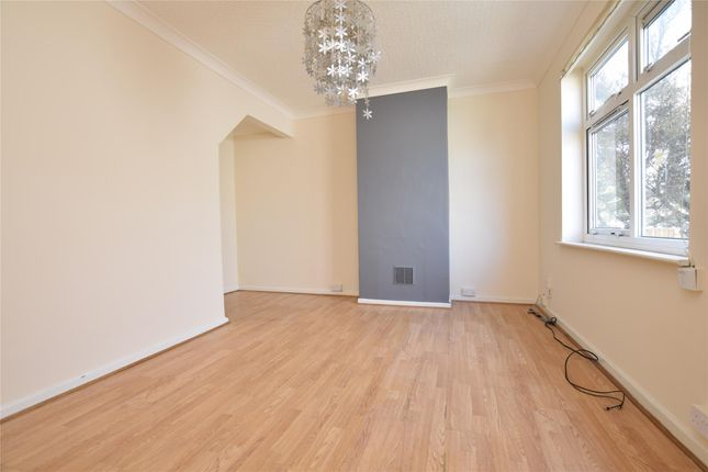 Thumbnail Terraced house to rent in Coombes Road, Dagenham