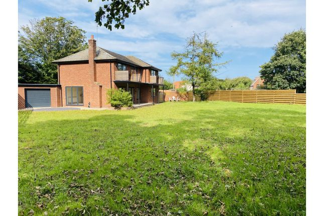 Thumbnail Detached house for sale in South End, Hull