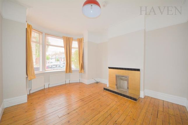 Maisonette to rent in Kitchener Road, East Finchley, London