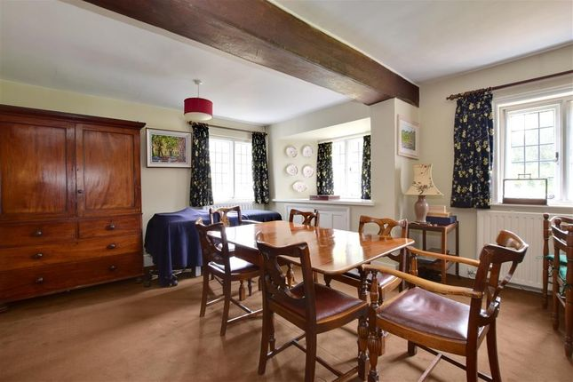 Dining Room of Coopers Green, Uckfield, East Sussex TN22