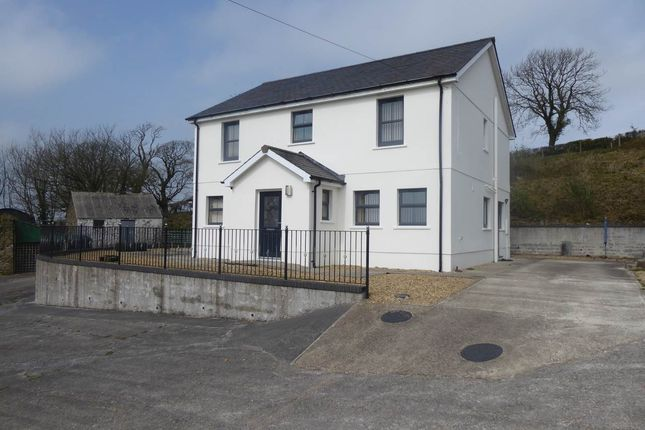Thumbnail Detached house to rent in Henfwlch Road, Carmarthen