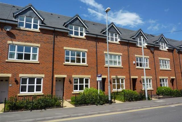 Thumbnail Mews house to rent in Shobnall Street, Burton-On-Trent