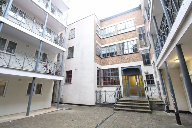 Thumbnail Studio to rent in Auction House, Town Centre, Studio - Ref:P7949