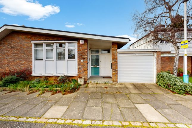3 bed bungalow for sale in Cokers Lane, London SE21