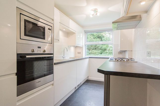 Flat to rent in Cleveland Court, Cleveland Road, Ealing