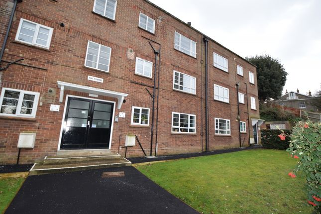 1 bed flat to rent in The Towers, Carrow Hill, Norwich, Norfolk NR1