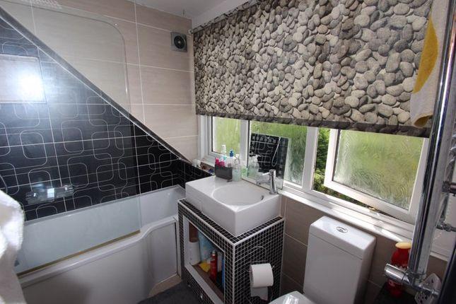 En Suite of Crooks Lane, Studley B80