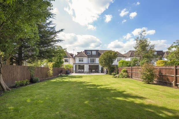 5 bed semi-detached house for sale in Hocroft Road, The Hocrofts, London