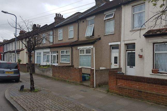 Thumbnail Terraced house for sale in Roman Road, Ilford