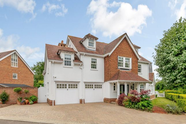 Thumbnail Detached house for sale in Petworth Close, Great Notley, Essex