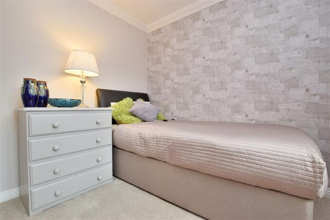 Bedroom 2 of Crofters Close, Redhill, Surrey RH1