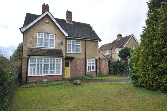 Thumbnail Detached house to rent in Woodlands Road, Camberley
