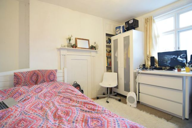 Russell square brighton bn1 room to rent 46526742 for Room to rent brighton