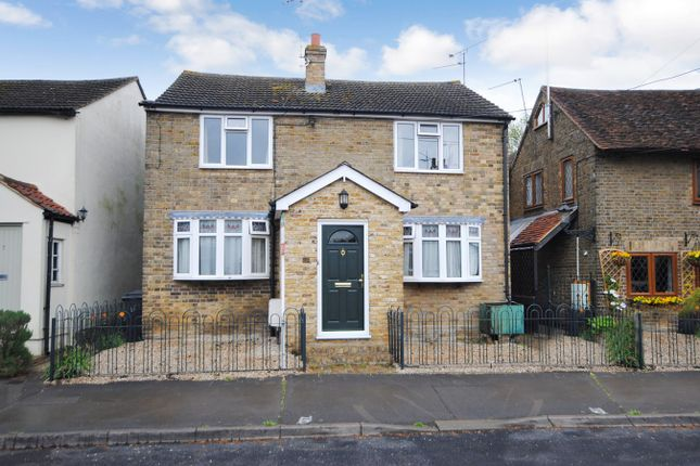 Thumbnail Cottage for sale in Chequers Road, Writtle, Chelmsford
