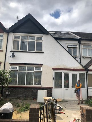 Thumbnail Terraced house to rent in The Drive, Ilford Essex