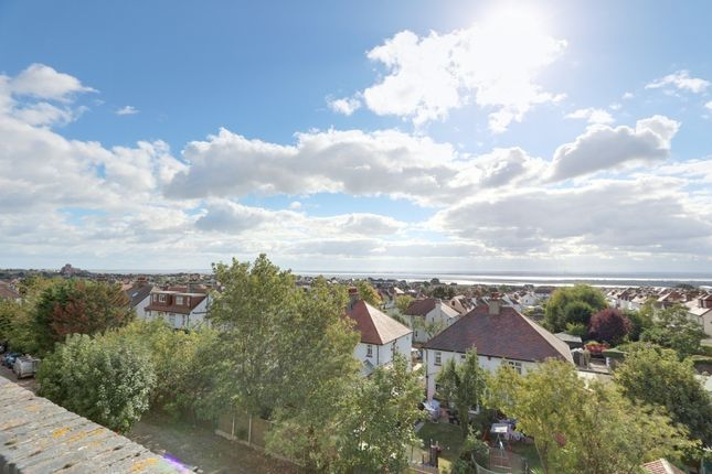 Thumbnail Flat for sale in London Road, Leigh-On-Sea