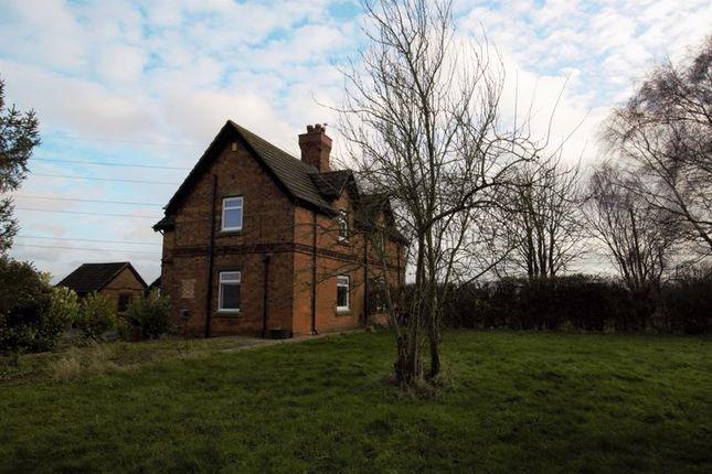 2 bed property to rent in Hollygate Cottage, Stragglethorpe, Nottingham NG12