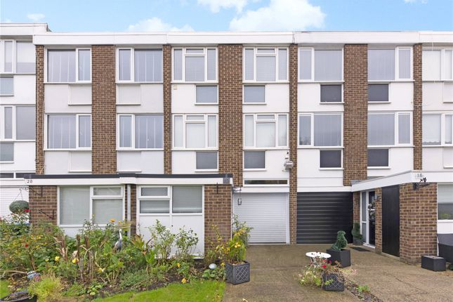Picture No. 03 of Silver Tree Close, Walton-On-Thames, Surrey KT12