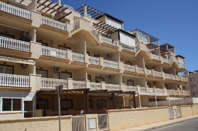 2 bed apartment for sale in Mar De Cristal, Spain