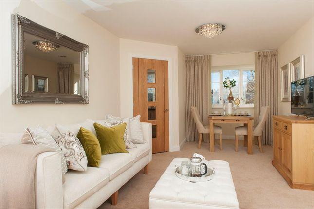 Thumbnail Flat to rent in Lambrook Court, Gloucester Road, Bath