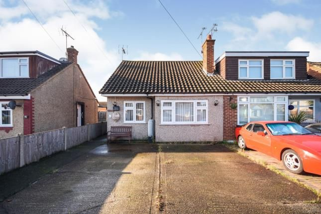 Thumbnail Bungalow for sale in Corringham, Stanford-Le-Hope, Essex
