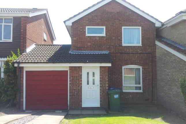 Thumbnail Detached house to rent in Fairfield Close, Heath Hayes, Cannock