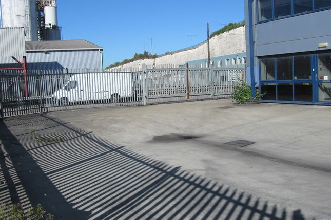Thumbnail Land to let in 730 London Road, West Thurrock