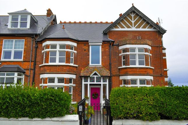 Thumbnail Flat to rent in Abbottsford House, Seapoint Road, Broadstairs