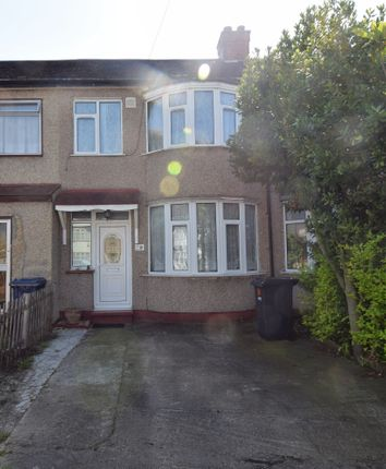 Thumbnail Terraced house to rent in Cressange Close, Southall