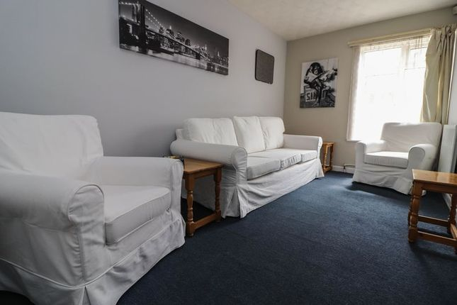 Thumbnail Semi-detached house to rent in Cromwell Road, Shirley, Southampton