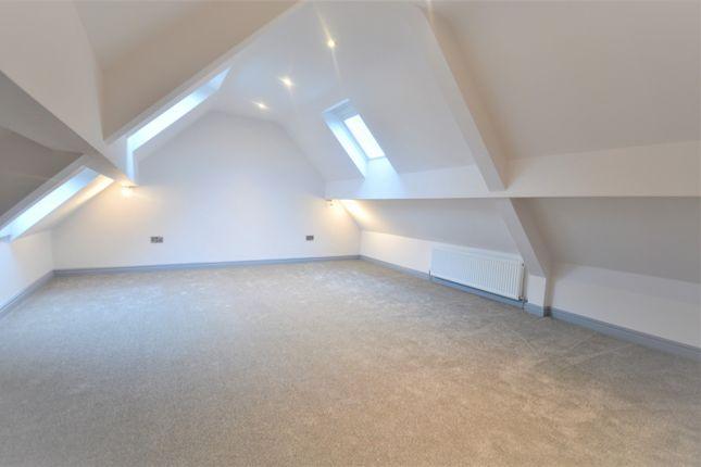 Bedroom 1 of Hilltop Farm, Chester Road, Woodford SK7