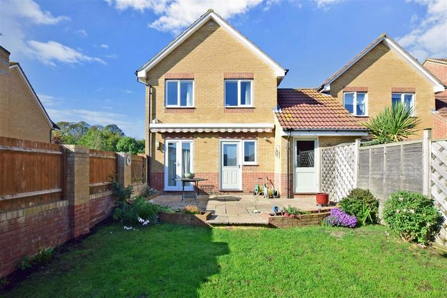 Thumbnail Detached house for sale in Linnet Close, Littlehampton, West Sussex