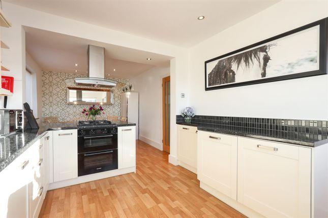 Kitchen3 of Hackney Road, Hackney, Matlock DE4